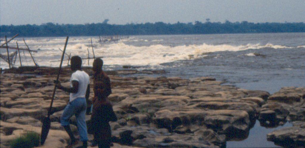 Boyoma Falls (Air terjun Boyoma) sebelumnya dikenal sebagai Stanley Falls (Air terjun Stanley)