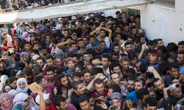 Επί ποδός πολέμου η Σάμος -ξεσηκώμος για την κατάσταση με τους λαθρομετανάστες όταν ψήφιζαν ομαδικά Εβραιοκομμουνιστες ΣΥΡΙΖΑ!