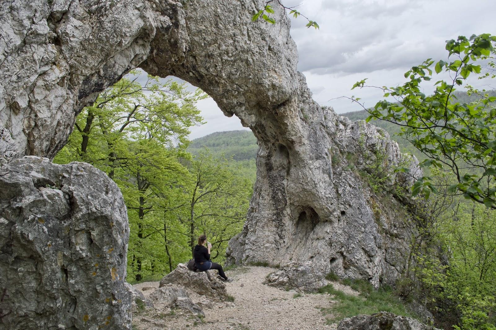 Vaskapu-szikla