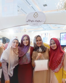 with mana sisters