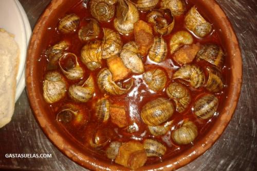 Caracoles con Torreznos, según David (Gastasuelas)