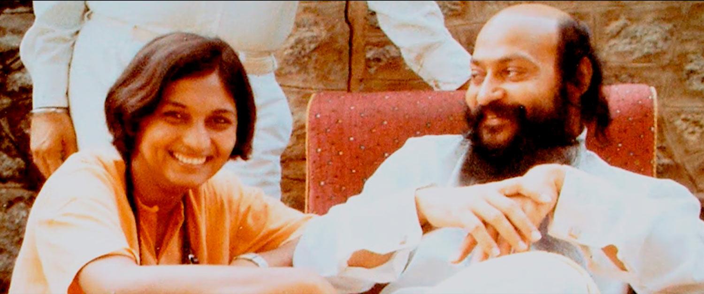 WILD WILD COUNTRY - Osho y su secretaria Ma Anand Sheela