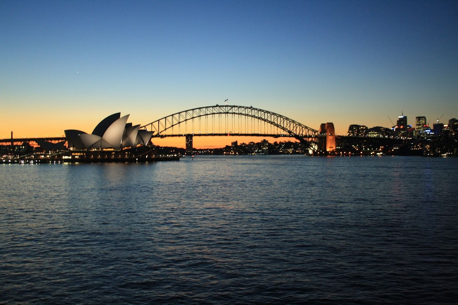 Places to Visit in Sydney at Night