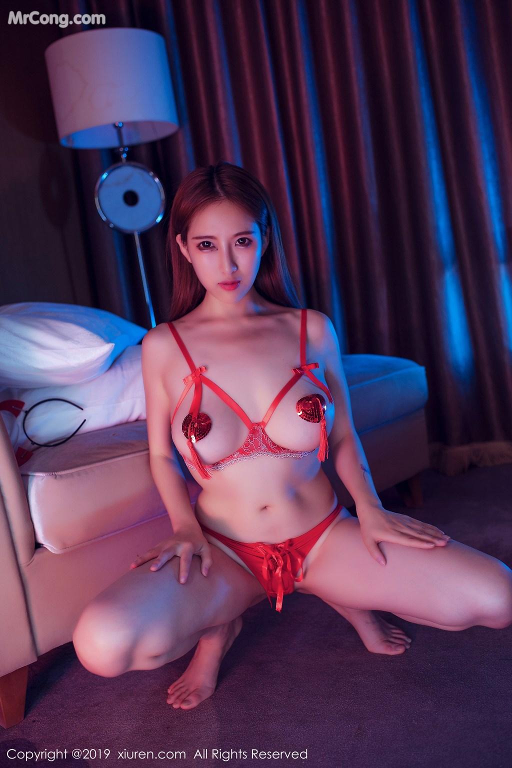 Image XIUREN-No.1538-Yue-Yin-Tong-MrCong.com-005 in post XIUREN No.1538: Yue Yin Tong (月音瞳) (49 ảnh)
