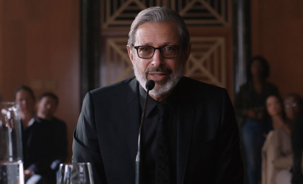 Jeff Goldblum returns to the franchise as Dr Ian Malcolm in JURASSIC WORLD: FALLEN KINGDOM (2018)