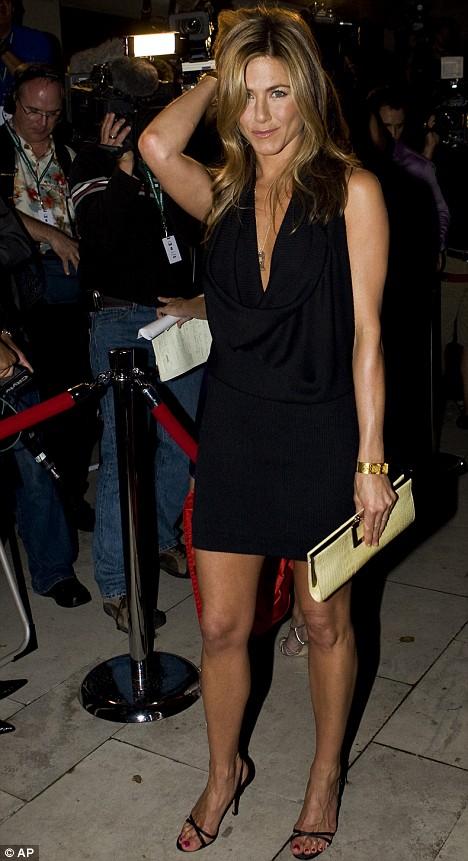 Fashion World Jennifer Aniston Dressing Rules Best