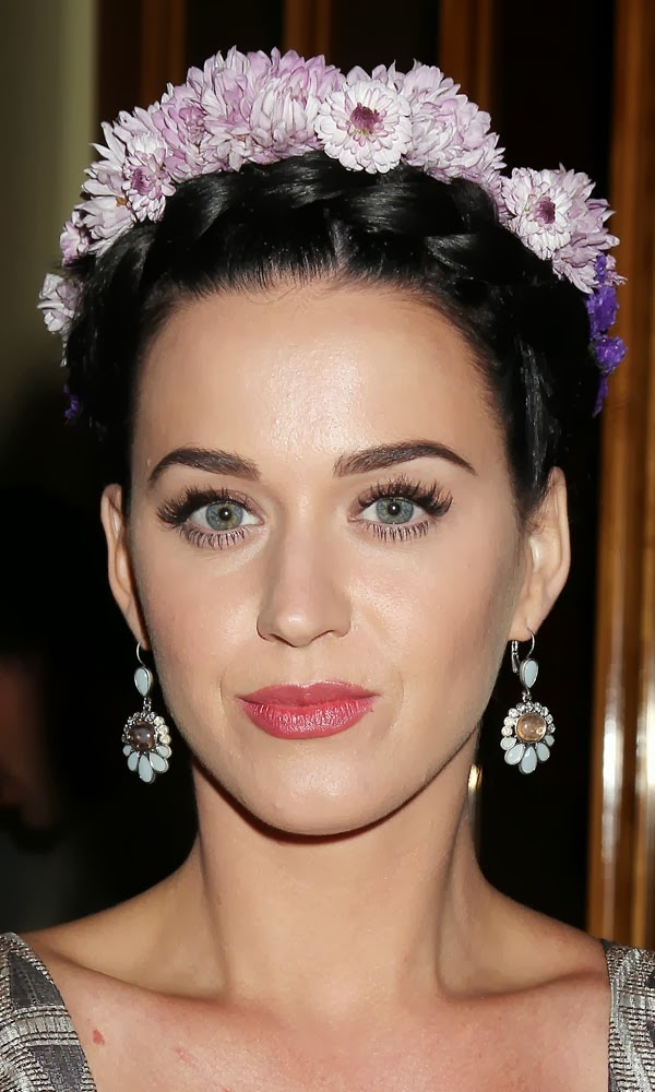 Katy Perry in floral headband