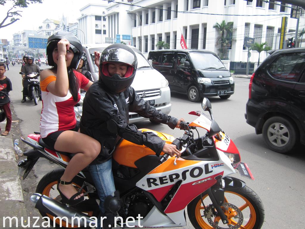 First impression All New Honda CBR 150R dalam acara launchingnya di Kota Medan pada hari Minggu 28 September 2014 di lapangan Merdeka Merdeka Walk Medan . . . with Photo Gallery