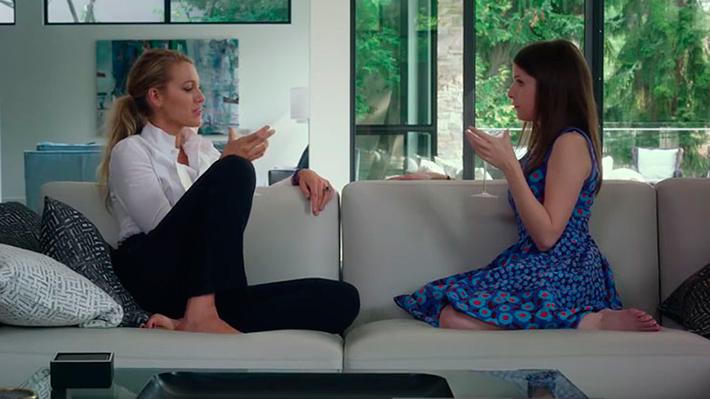 Um Pequeno Favor: 8 bons motivos para ver o filme baseado no livro de Darcey Bell | Cinema