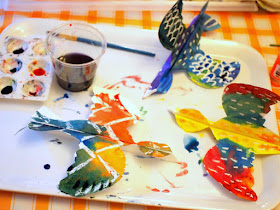 Colorful Paper Plate Birds- A beautiful art and craft project for children of all ages