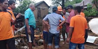 <b>Banjir Kembali Menerpa Kota dan Kabupaten Bima, Enam Rumah Warga Kecamatan Monta Rusak Berat</b>