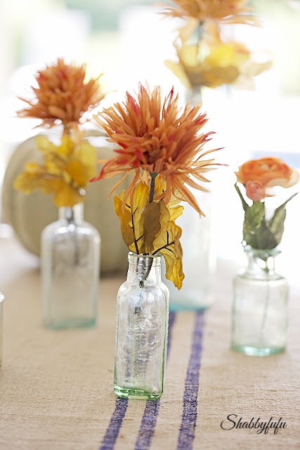 pretty thanksgiving table settings vintage style