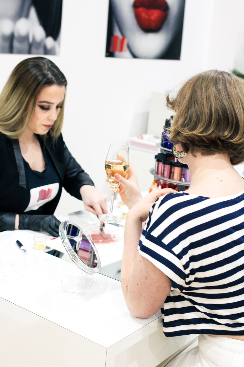 @findingfemme checks out The Lip Lab in Ballarat to get a custom made lipstick