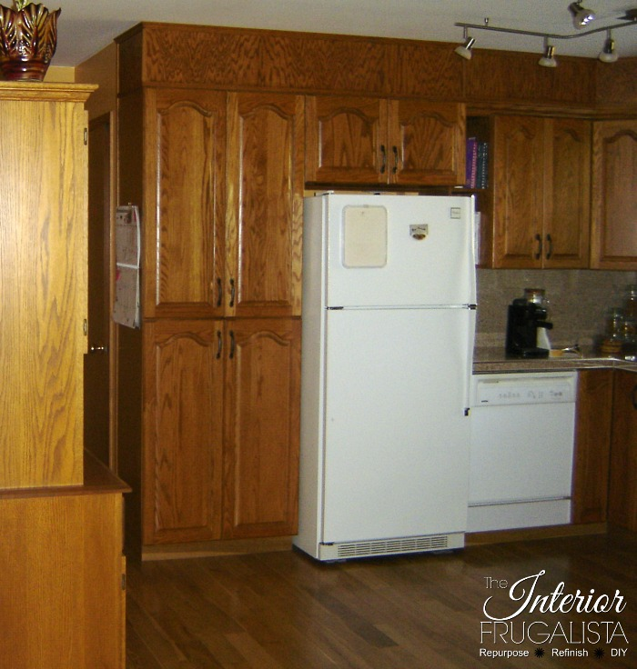 Painting Kitchen Oak Cabinets Pantry Before