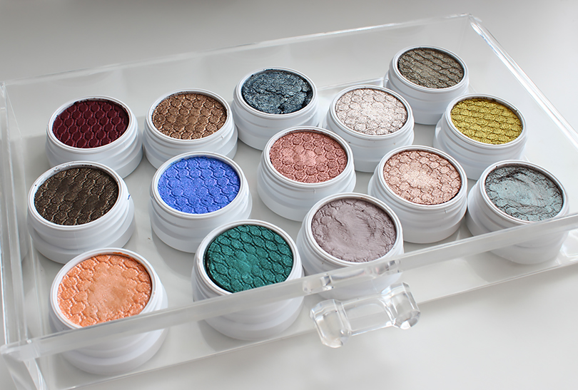 My ColourPop Eyeshadow Collection & Swatches!