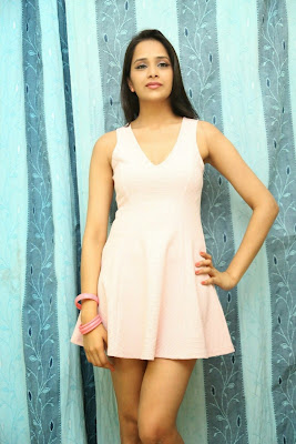 Abha+Singhal+Latest+Stills+(2) Actress Abha Singhal Spicy Photo Gallery in Skirt