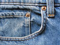 Bir kot pantolonun ön sağ cebi