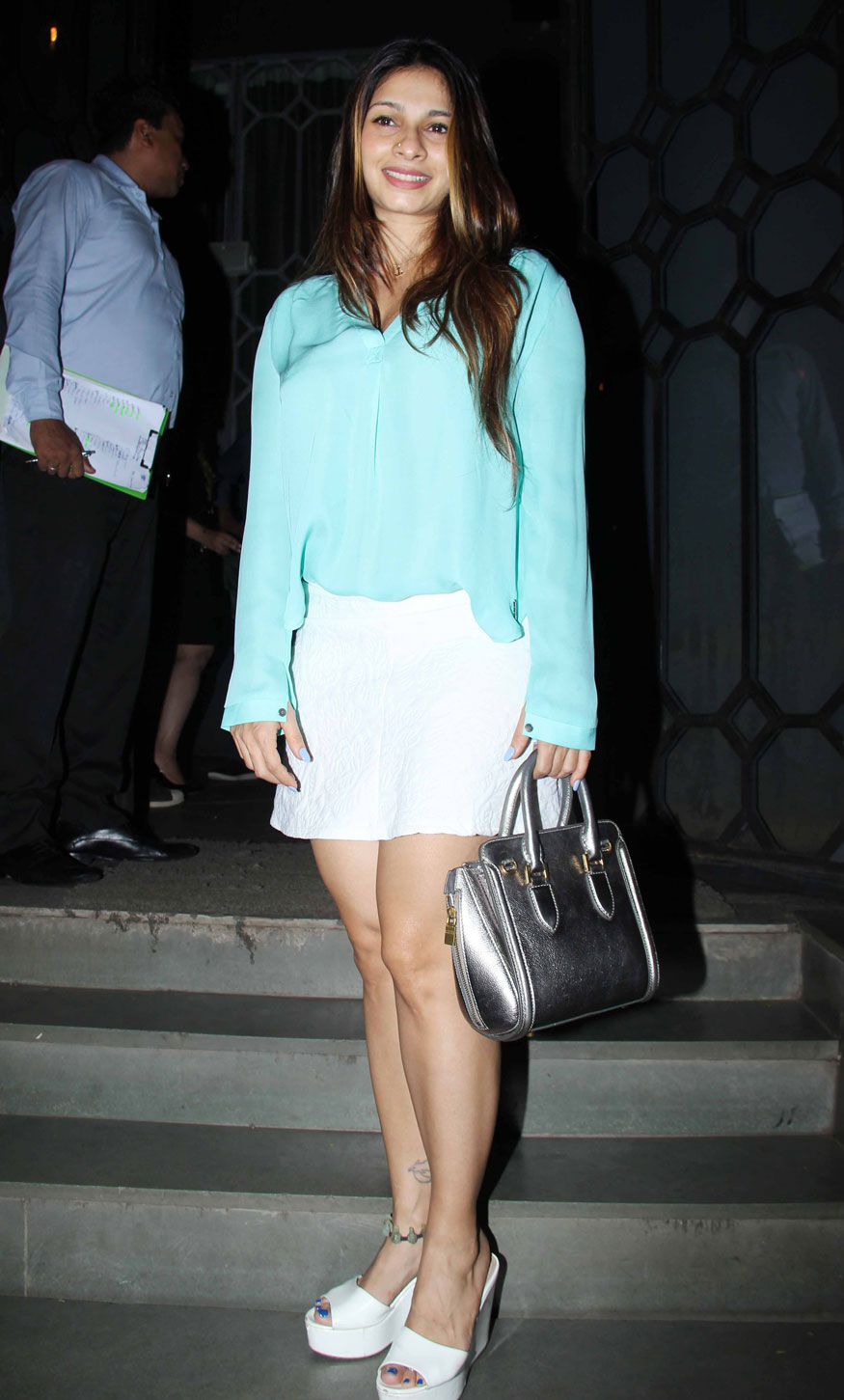 Tanishaa Mukerji Attends Imtiaz Ali Birthday Party at The Korner House In Mumbai