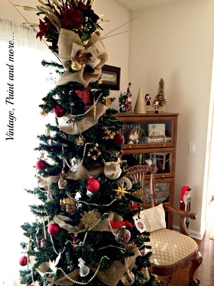 christmas tree decor with burlap and bead garland