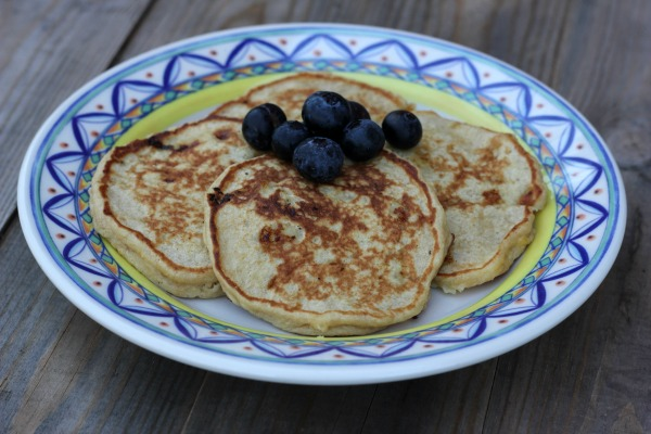 3-ingredient Healthy Pancakes for One