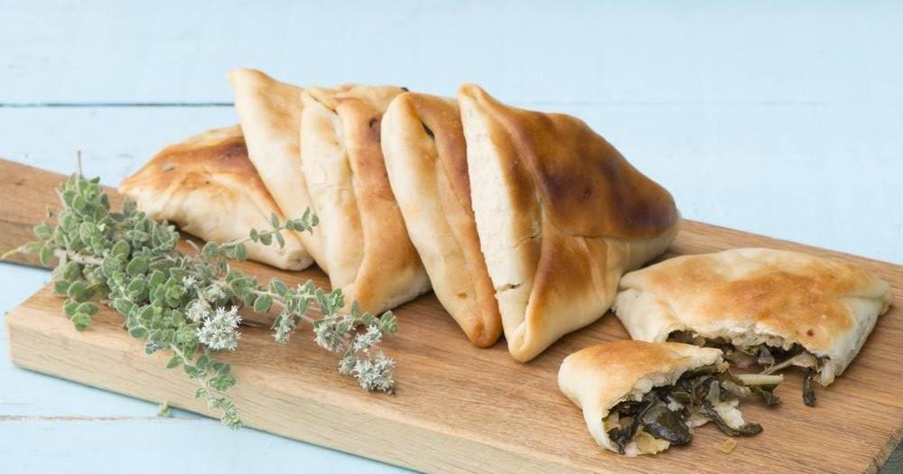 طريقة عمل مناقيش السبانخ من المطبخ السوري