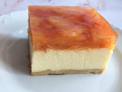 Ciasto z sera z ananasem w galaretce