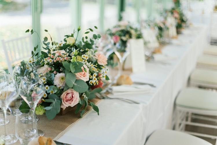 Lyon wedding florist, french wedding florist, décoration table des mariés, fleurs mariage