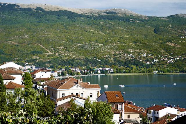 Lago y ciudad de Ohrid - Macedonia, por El Guisante Verde Project