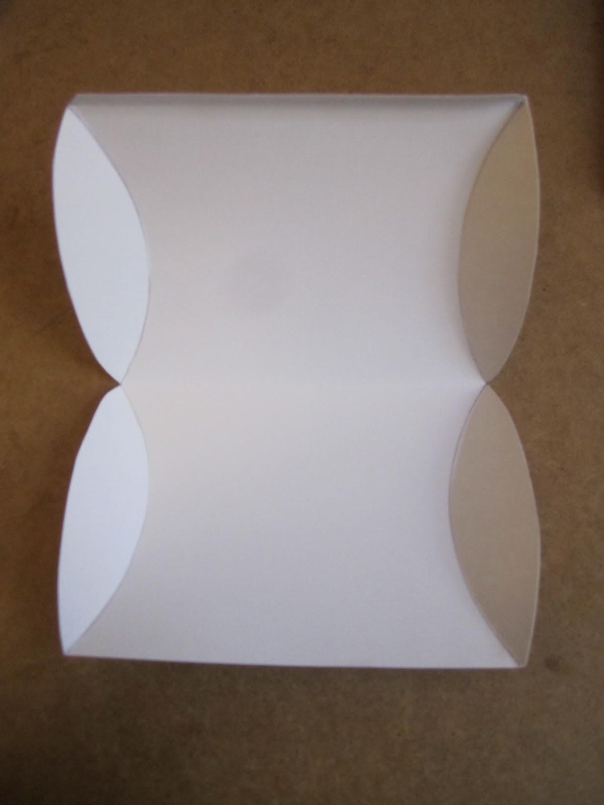 lottisland tutorial pillow box. Black Bedroom Furniture Sets. Home Design Ideas
