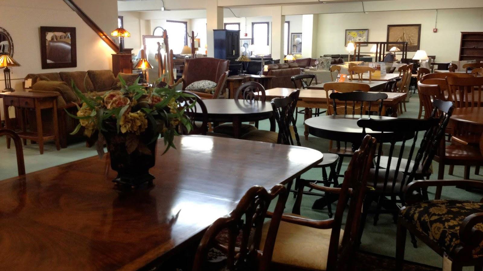 Choosing The Best Furniture Store
