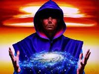 Tout ce qui se passe dans les espaces de son Royaume supérieur, forme l'ensemble de la souveraineté ; les fils du ciel.
