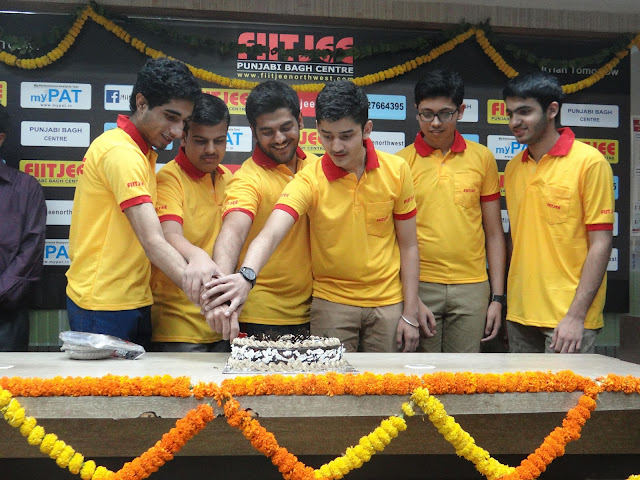 "CBSE releases JEE Main 2017 ""merit list"", 4 students of FIITJEE Punjabi Bagh Centre in Top 100 (All India Ranks)"