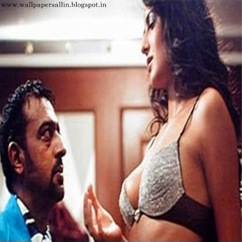 katrina kaif in boom with gulshan grover