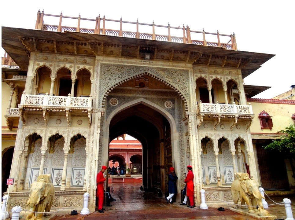 Intricately carved marble gate  Jaipur city Palace - Rajasthan, India - Pick, Pack, Go