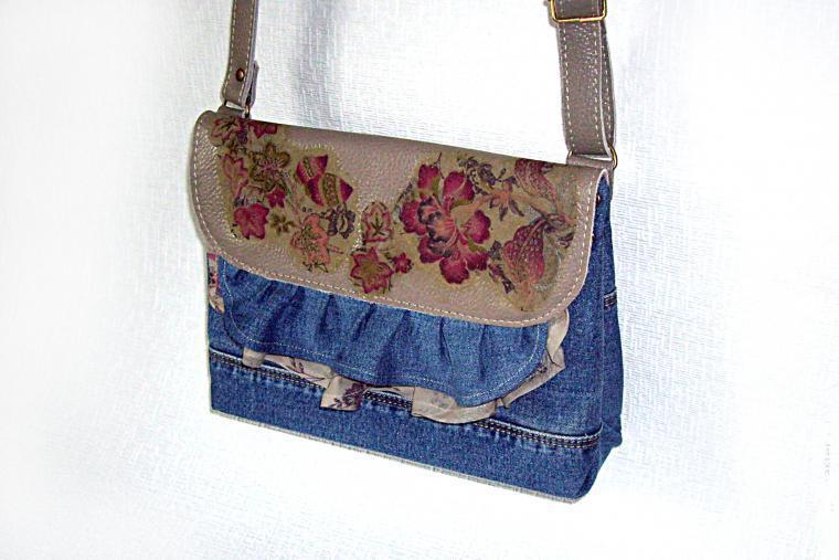 Simple Step to Step Jeans Bag Tutorial.