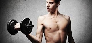 berbagai tips membentuk otot tubuh untuk orang kurus