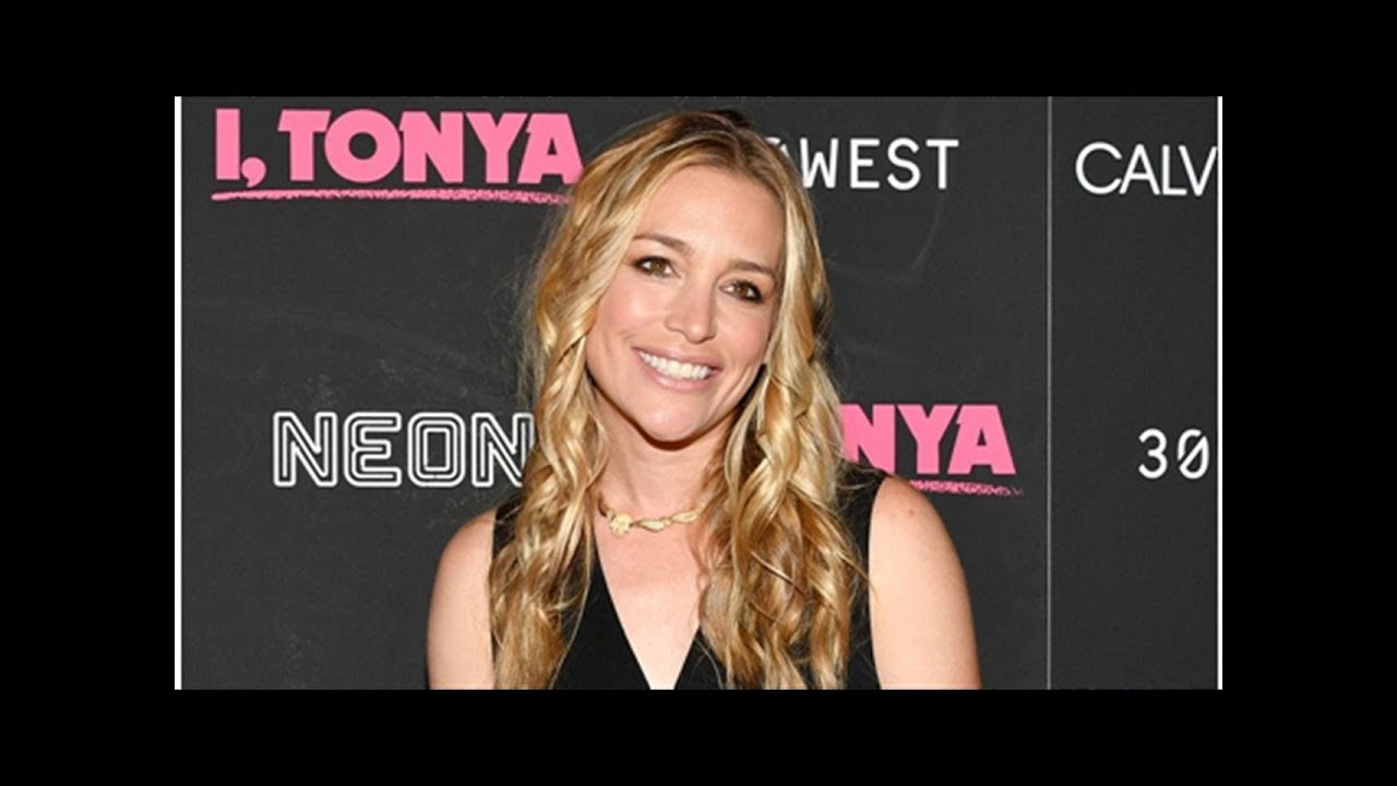 'Coyote Ugly' Star Piper Perabo Arrested For Fighting The Man, Not The Moonlight