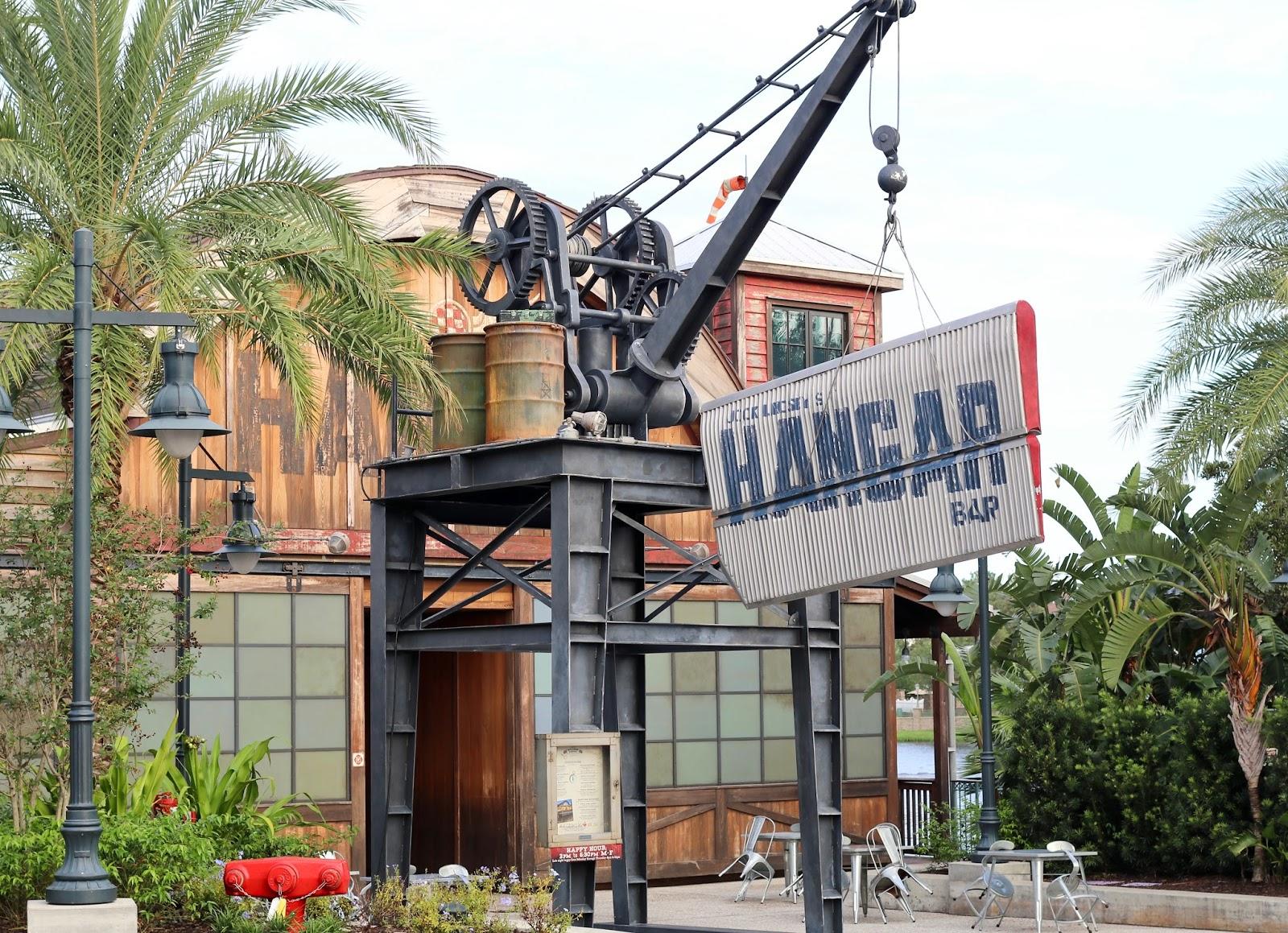 Disney-Springs-Jock-Lindsey's-Hangar-Bar