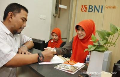 Rekrutmen Calon Karyawan / Karyawati Untuk Menempati Posisi Customer Service & Teller PT Bank BNI Syariah Penerimaan Seluruh Indonesia