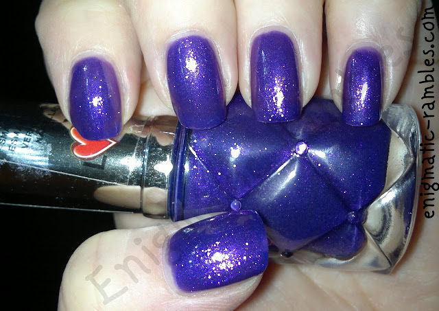 yes-love-polish-swatch-403-enigmatic-rambles