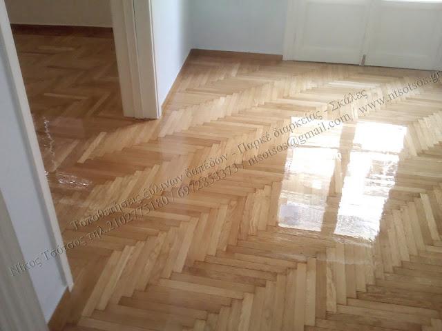 Συντήρηση και λουστράρισμα σε δρύινο ξύλινο πάτωμα