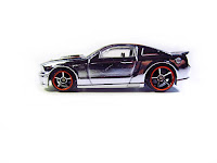 hot wheels modern classics mustang custom