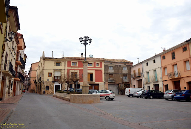 torrebaja-valencia-plaza-fuente