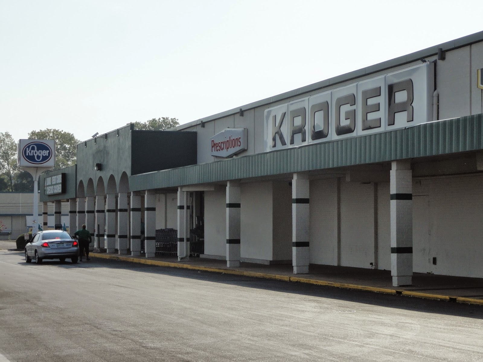 6e7932db At 60 years old this year, the Southgate Kroger is currently the oldest  Kroger store in the city. It is more than 10 years older than the 1965  structure on ...