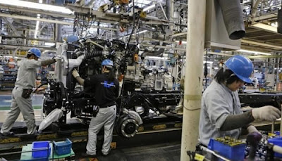 O governo do Japão melhorou sua avaliação sobre a produção industrial
