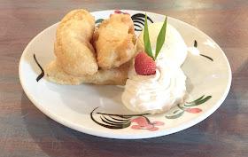 Thaikhun dessert banana frittes with vanilla pod ice cream