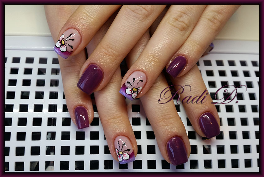 It`s all about nails: Purple with Flowers