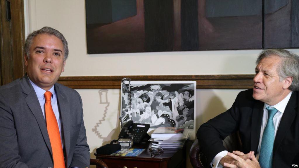 El presidente electo de Colombia se entrevistó con Luis Almagro en la OEA / VOA