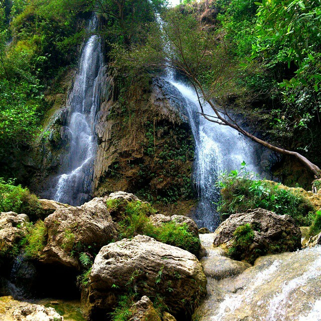 Pesona Wisata Air Terjun Sri Gethuk - Gunungkidul