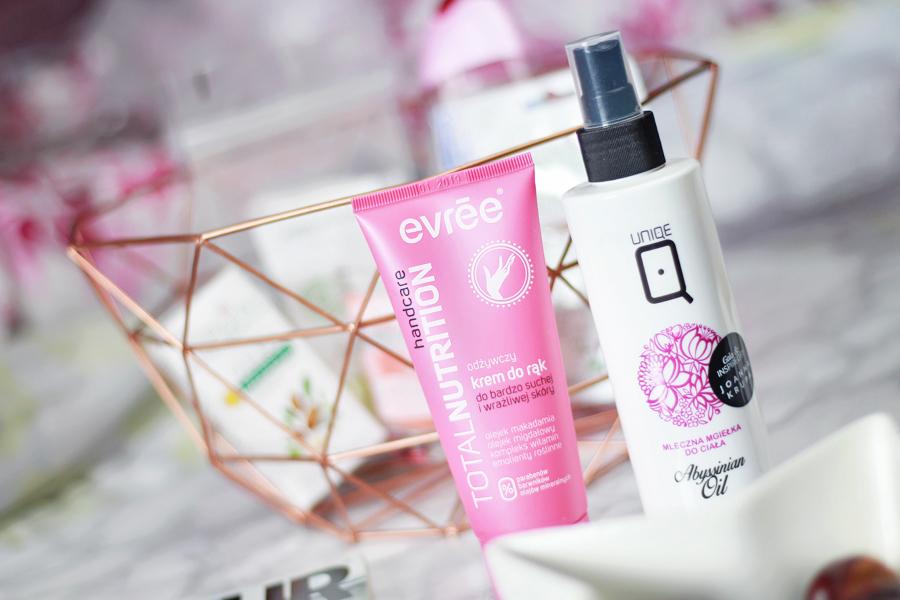 Październikowy ShinyBox | Think Pink {Mini-recenzje}